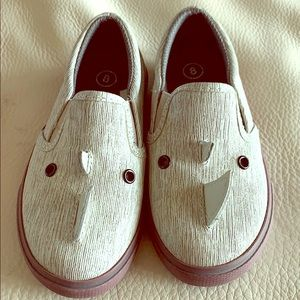 Toddle boy shoes